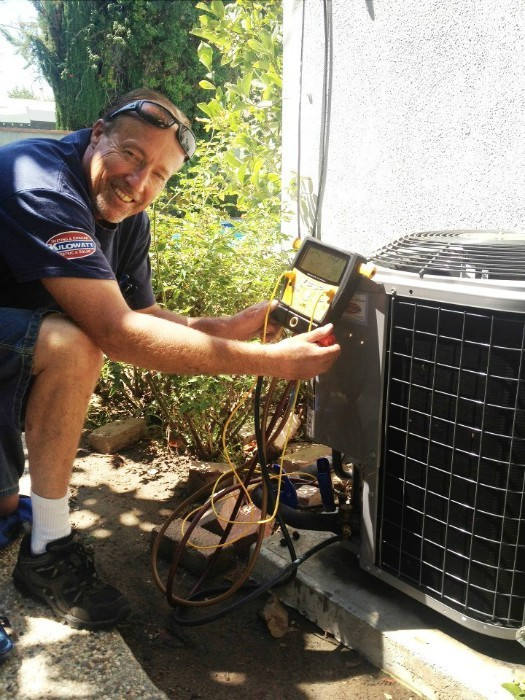 Alt for On_The_Job_los_angeles_air_conditioner_installer