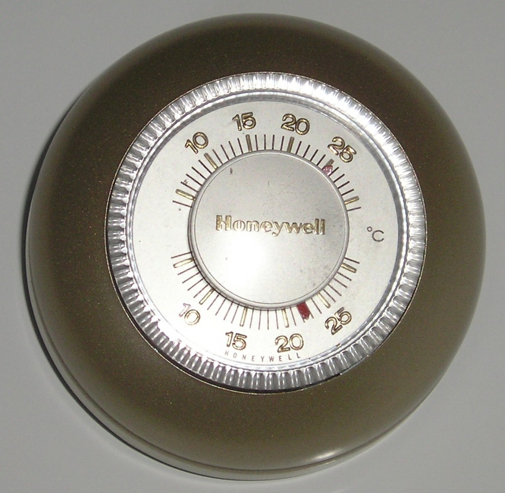 old-honeywell-thermostat